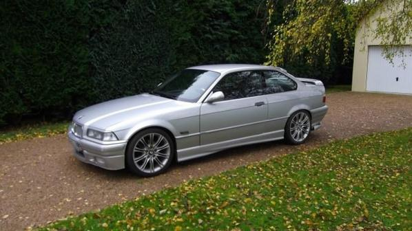 VENDS BMW 318 IS - ETAT IMPECCABLE - CT OK