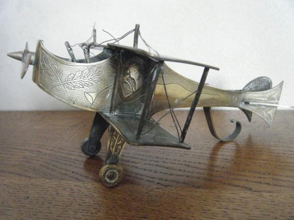avion biplan gravé /trench art/art poilu