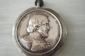 briquet de poilu médaille bombardement de Tanger et Mogador