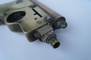 briquet artisanal pistolet à systeme