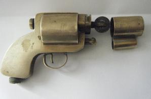 briquet artisanal pistolet