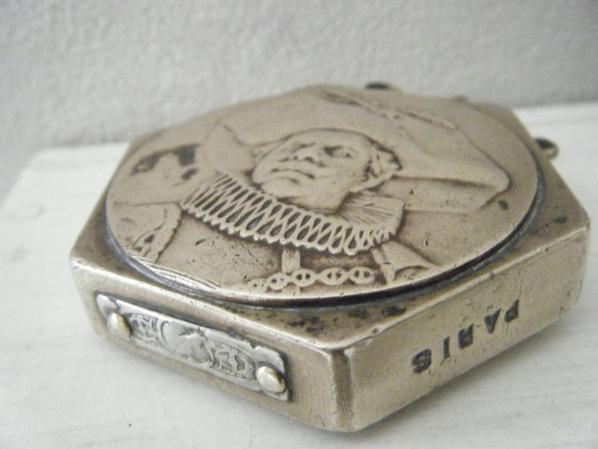 briquet de poilu artisanal médaille Cyrano De Bergerac