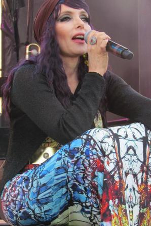 Samedi 14 juin 2014 - JEANNE MAS en concert - à Beaumont -Hague (50 - La Manche) Le compte-rendu de Tatiana