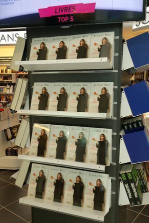 """SAMEDI 5 MARS 2016 - DEDICACE """"Ma vie est une pomme"""" (Nantes)-suite- Les photos de Tatiana !"""