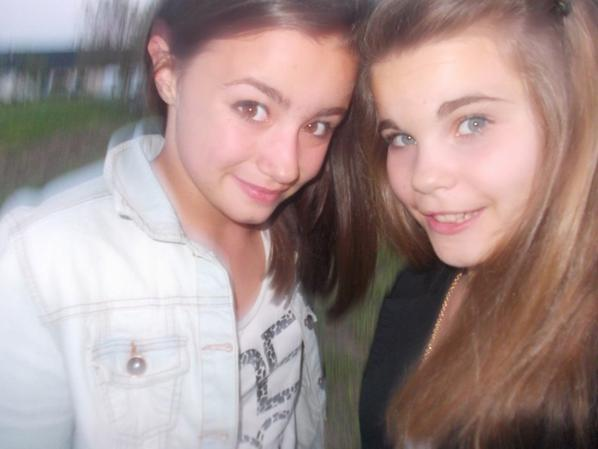 « Un cousine, c'est à mi-chemin entre une amie et une soeur ♥ »