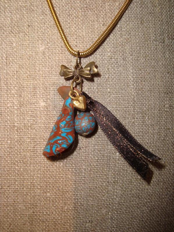 Pendentif romantique bleu/marron