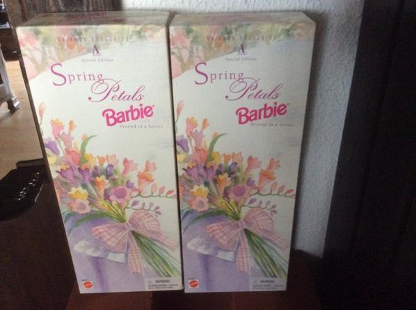 Barbie Spring Petals Avon Exclusive Spécial Édition 1996