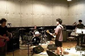 Groupe en studio :D