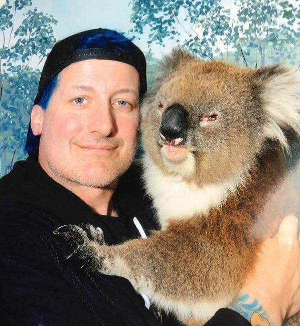 Tré Cool et ses nouveaux amigo en Australie