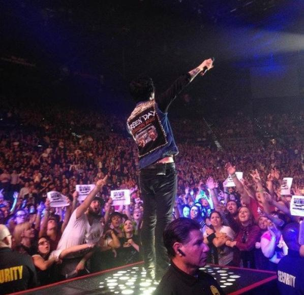 Billie Joe  show en Live