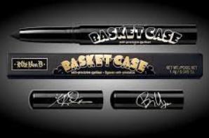 Billie Joe et Kat Von D Basket Case Anti-Precision Eyeliner