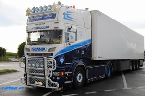 Transport Nordik-Line. Scania R560. Aire de Macon La Salle. Mai 2016.