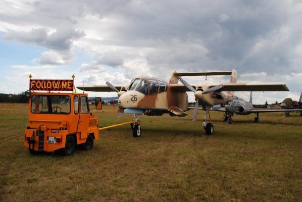 .Patrimoine des vieux véhicules. Aérodrome Ancône-Montélimar. 2016.
