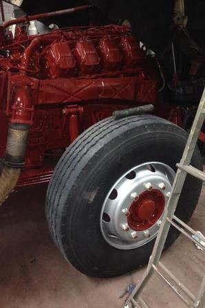 Restauration d'un Iveco Turbostar 190-48. Top Secret. Bientôt en piste sur  les routes de la région Rhône-Alpes.