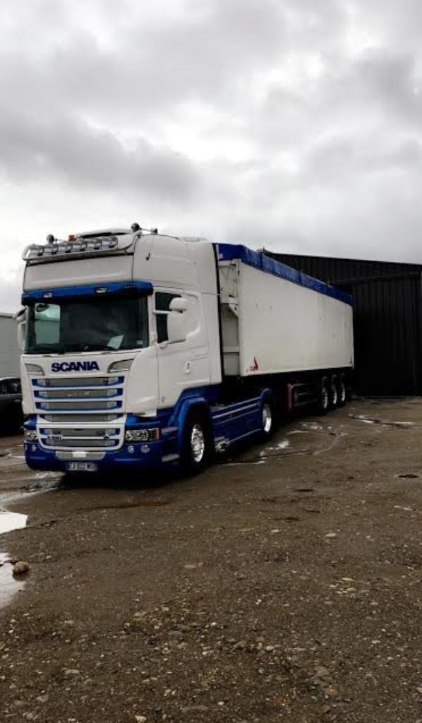 Nouveau Scania R580 à mon ami Jean-Pascal du 09. Le fiston prend la relève.