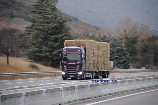 Scania S580 Transport de paille.