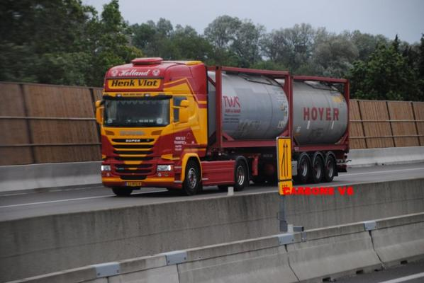 Transport Henk Vlot.