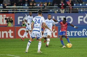 Photos de Jimmy Giraudon lors du match GFC Ajaccio ESTAC du 09/11/2018