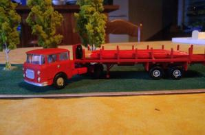 nouveau camion porte mats chez RONCALLI