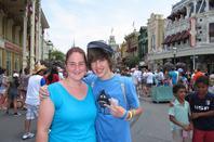 Walt Disney World avec la gagnante de Cool Magazine !!! RETROUVE MOI SUR :  Site Officiel - Facebook - Twitter