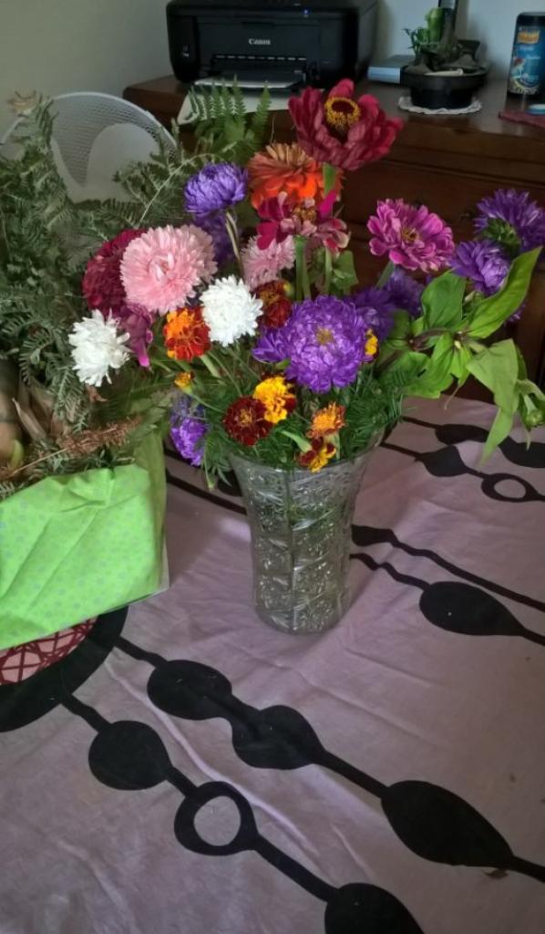 voila pré pour le concours et préparer le beau bouquet de fleurs à ma chérie