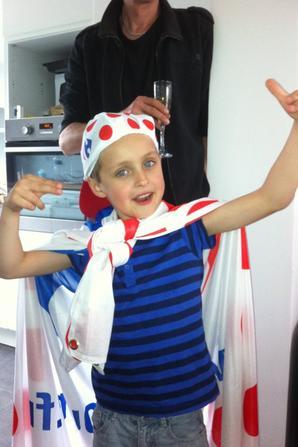 Le tour de France est passé à côté de chez nous, les enfants sont de grands supporters!