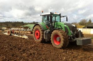 Fendt 939 + 10 corps goizin & Fendt 930 + sulky maxidrill 6m