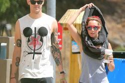 23.05.13-> Ashley était avec Christopher à Toluca Lake.