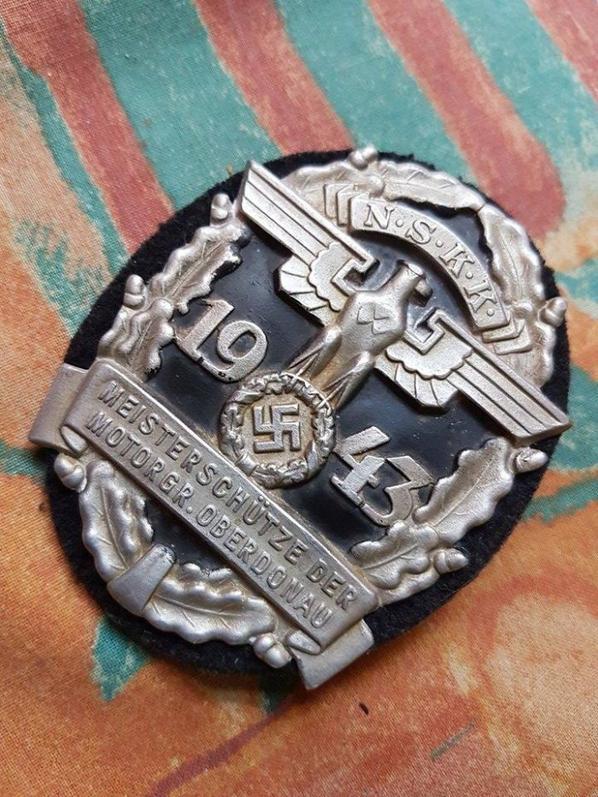 médaille allemande !... tireurs délite a moto ! très rare :p