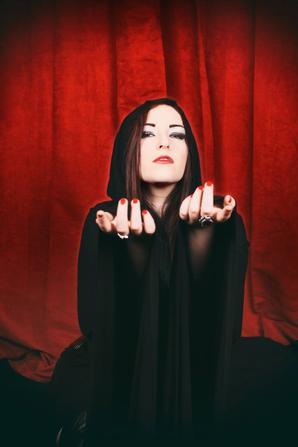 *Sorceress *