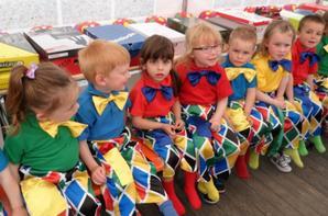 nos petits clowns mignons!