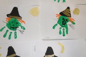 nos petites mains transformées en sorcières!