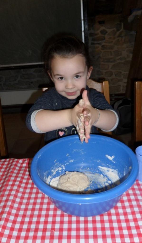 fabrication de notre pain à Treignes M2,M3