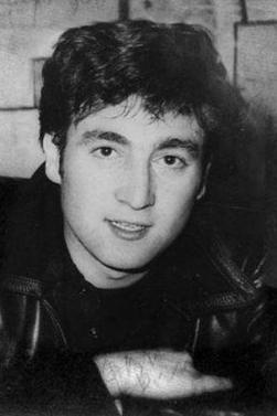 John Lennon ; Bientôt 32 ans de manque .. ♥