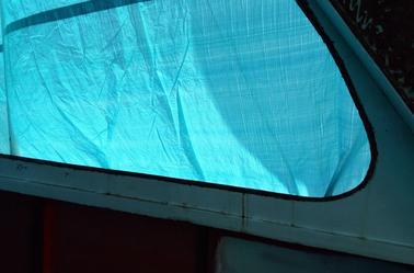 5.Démontage des vitres
