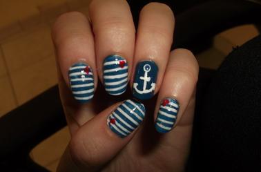 74ème Article : Nail art marin
