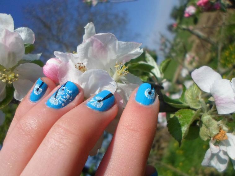 90ème Article : Nail art pissenlit