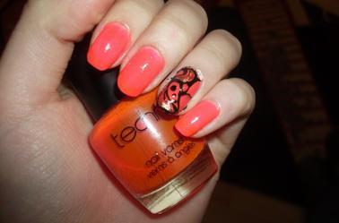 118ème Article : Rose fluo inspiration tartofraise (Vernis fait maison)