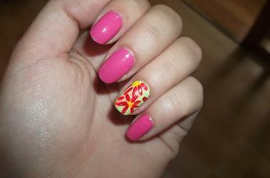 145ème Article : Fleurs roses sur base verte #accent nail