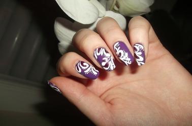 167ème Article : Violet & motifs blancs + paillettes