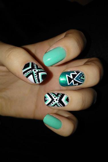 169ème Article : Aztèque bleu turquoise & N&B