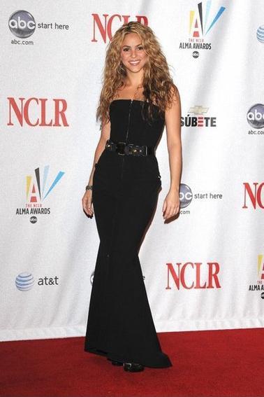Shakira sur les tapis rouges!!!!!!