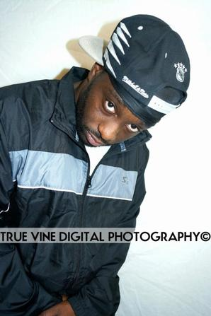 TRUE-VINE-DIGITAL-PHOTOGRAPHY-ARMED-WITH-LYRICS