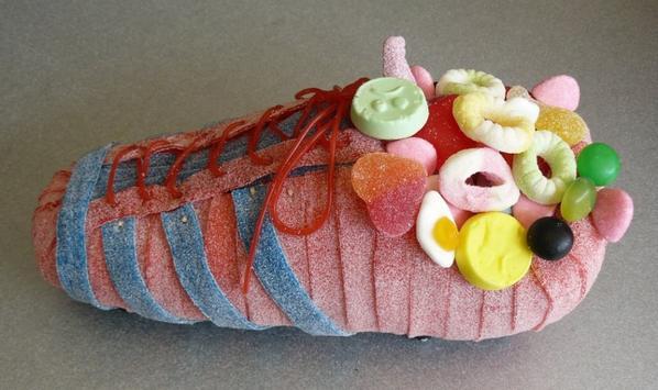 chaussure de foot en bonbon