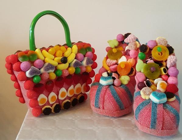 sac main et chaussure en bonbon