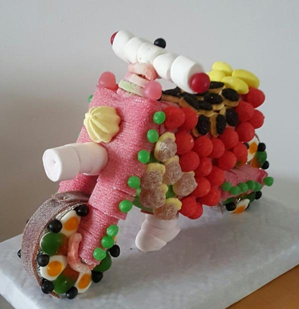 moto en bonbon