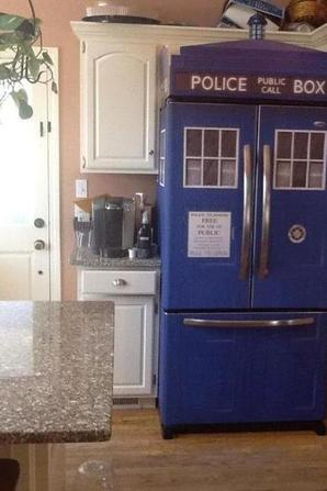 Réfrigérateur (frigo) Tardis Doctor Who ! -police box-