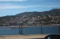 Paysage entre montagne et mer (des Pyrénées-orientales jusqu'en Espagne)