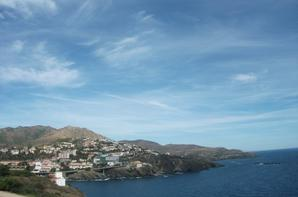 Paysage entre montagne et mer (des Pyrénées-orientales jusqu'en Espagne) suite