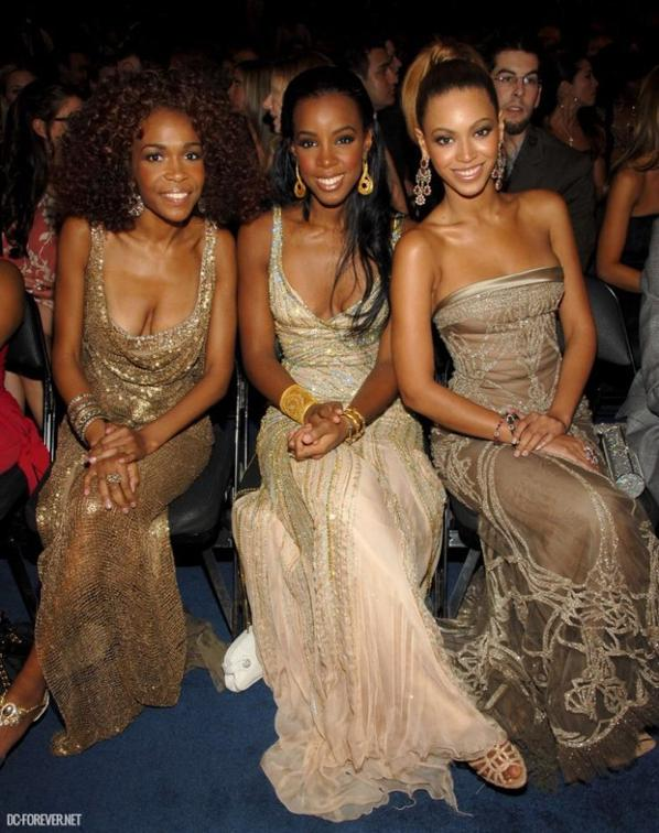 Quel robe préfèrer vous parmis les 3 filles des Destiny s child!